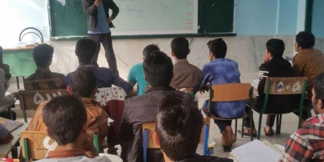 اجرای طرح زکات علمی در دبیرستان ابوریحان هشت بندی