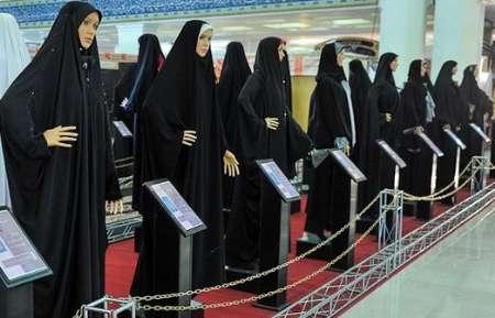 مسئول غرفه عفاف و حجاب ششمین نمایشگاه قرآنی قشم: استقبال از دوخت رایگان چادر