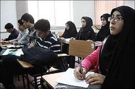 عباس مرادی: ۶۸ درصد پذیرفته شدگان امسال دانشگاه هرمزگان زن هستند