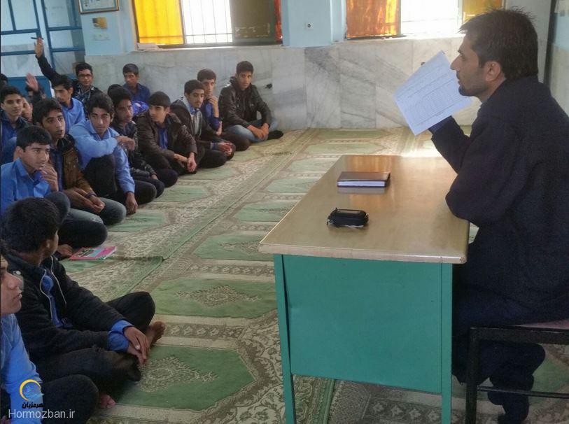 عضویت دانش آموزان ابوریحان هشت بندی در بسیج دانش آموزی