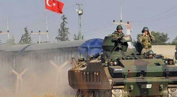 ترکیه به خاک سوریه حمله کرد/ کردها زیر آتش توپخانه