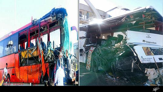 برخورد شدید دو دستگاه اتوبوس در آزاد راه تهران – کرج + فیلم و عکس