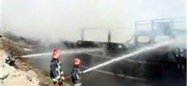 حریق دو فروند لنج باری در میناب / آتشسوزی در خارج از محدوده بندر تیاب