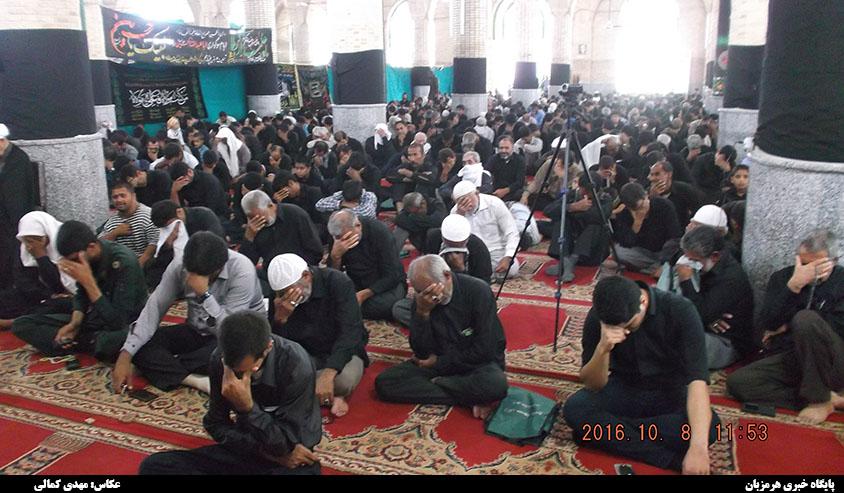عزاداری نمازگزاران جمعه هشت بندی در روز پنجم محرم + تصاویر