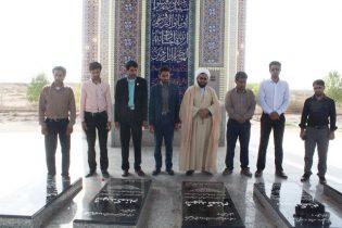 تجدید میثاق و ادای احترام مدیر آموزش و پرورش و فرهنگیان به مقام شامخ شهدای گمنام + تصاویر