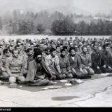 تصویر منتشر نشده از امام خامنهای در جمع پرسنل ارتش