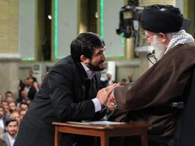 مرحوم منصوری: مداح بصیر باید یزید زمانه را بشناسد