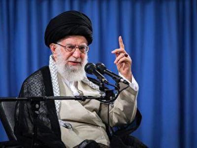 رهبرانقلاب : هر شهید یک نماد است