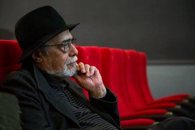اکبر زنجانپور : تئاتر متفکر نباید درگیر درآمدزایی شود