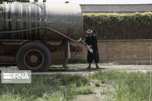 ستاد اجرایی فرمان امام ۵ تانکر آب به منطقه غیزانیه اهواز اعزام کرد