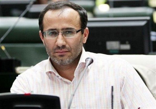 فیروزجایی: مجلس برای مهار افزایش سرسام آور قیمت ها ضربتی ورود میکند