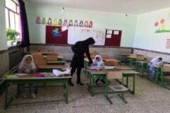 افزونبر ۵۰ درصد دانش آموزان  میناب در کلاس های درس حاضر میشوند